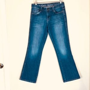 Mid-Rise Distressed Calvin Klein Jeans CK